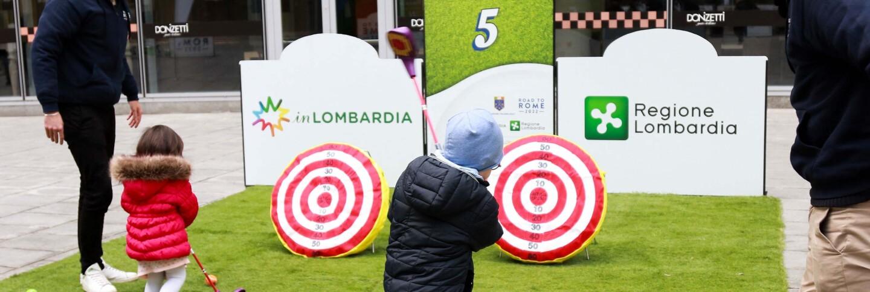 Golf in Piazza a Milano 2.jpg